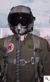 m_f16 piloot